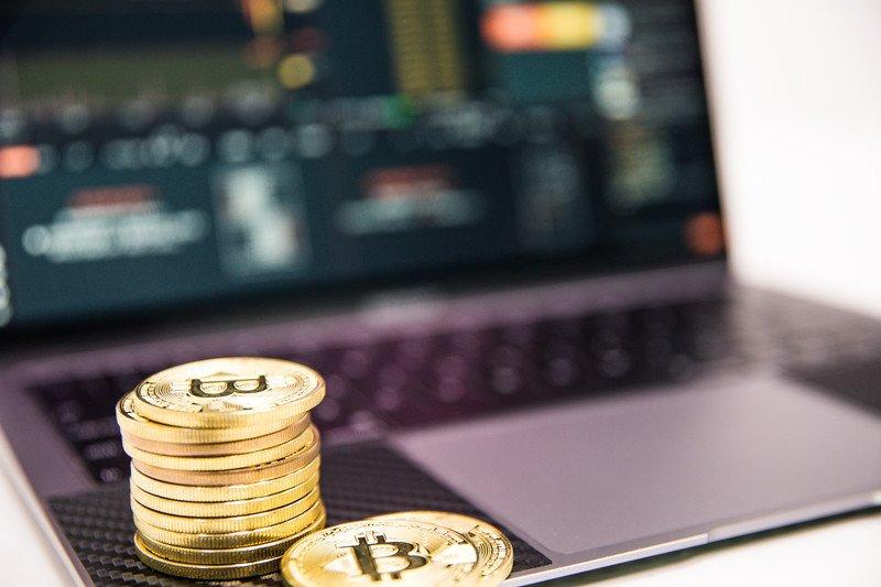 今すぐビットコインなどの仮想通貨に投資を始めたい|即日口座開設できる取引所を紹介